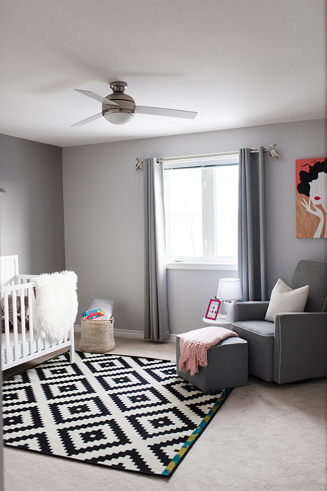 Baby Nursery Decor Must Haves in Six Steps: Sincerely Miss J: Prepare for your little one's arrival by creating the perfect nursery that works for both you and your baby #baby nursery decor