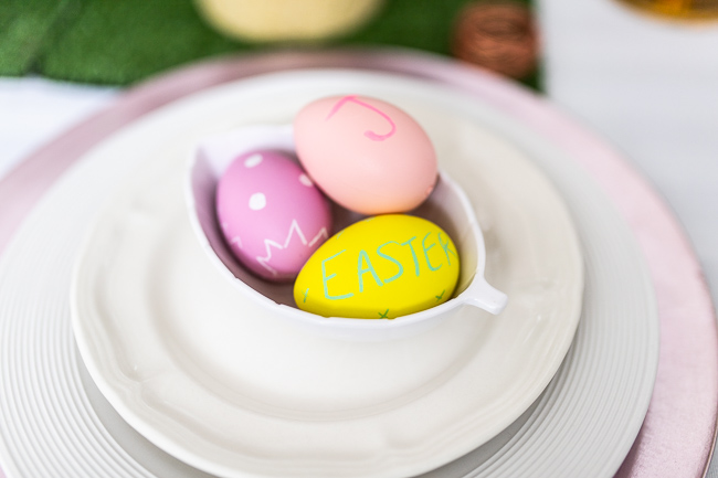 Easy DIY Chalkboard Easter Eggs