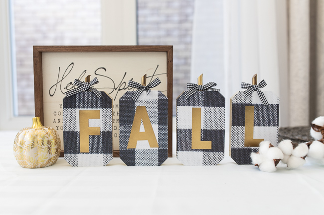 DIY Buffalo Plaid Fall decor Sign